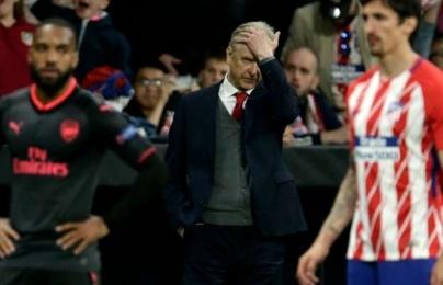 """""""Cầu thủ Arsenal xứng đáng bị như vậy"""""""