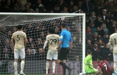 """Fan Man Utd cay đắng: """"Đúng là chỉ chúng ta mới làm nổi điều này"""""""