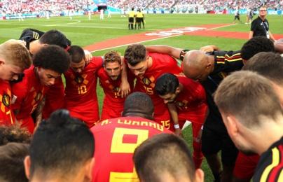 Khoảnh khắc Lukaku động viên cầu thủ Bỉ được so sánh với Messi