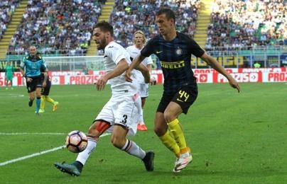 Vòng 2 Serie A: Inter lại gây thất vọng, Roma mất ngôi đầu