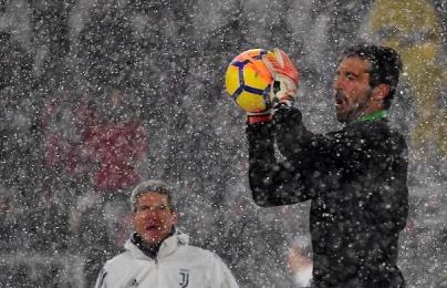 Tuyết rơi dày, trận Juventus - Atalanta tạm hoãn