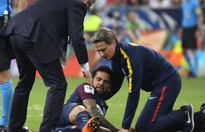 NÓNG: Dani Alves có nguy cơ lỡ hẹn với World Cup 2018