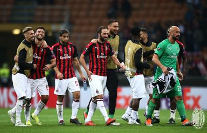 Higuain nổ súng, AC Milan lại thăng hoa ở Europa League