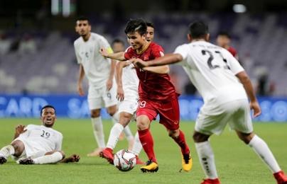 """3 cặp đối đầu quyết định Việt Nam vs Jordan: Ngọc Hải đọ tài cùng """"Messi Jordan"""""""
