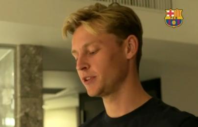 Video khám phá vali của Frenkie de Jong