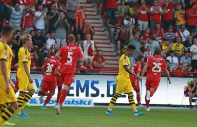 Thấy gì sau cú sảy chân sốc của Dortmund trước Union Berlin?