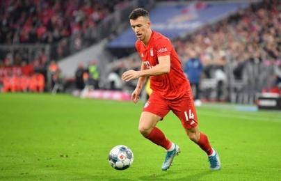 """Vừa đến Allianz Arena, tân binh Bayern đã khiến đồng đội """"gục ngã"""" 1 tháng"""