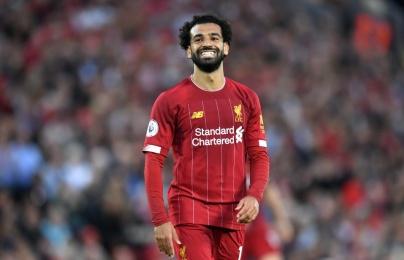 """CĐV Liverpool """"nội chiến"""" về tương lai của Salah"""