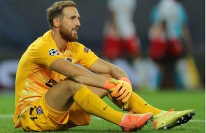 """Nghiệt ngã phút cuối trận, Atletico """"khuỵu gối"""" trước hiện tượng Champions League"""