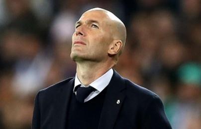 """Zidane đã mắc lỗi lớn khi """"phí phạm"""" tài năng đang khuấy đảo trời Anh?"""