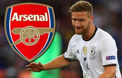 Arsenal chỉ còn cách Mustafi 'một buổi kiểm tra y tế'