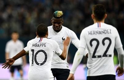 Pogba sút phạt đẳng cấp, Pháp đè bẹp Nga trên sân khách