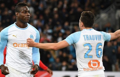 Đấm vỡ mũi đối phương, Balotelli sắp nhận án phạt nặng