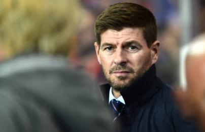 Sao trẻ Liverpool ghi bàn, Gerrard mở màn thành công