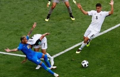Neymar có thực sự bị phạm lỗi?