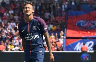 Neymar thất bại trước Ronaldo: Mãi là người đến sau