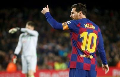 """""""Đó là người cầm bóng và giữ nhịp cho Barcelona"""""""