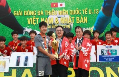 Lãnh sự quán Nhật Bản chúc mừng ĐT Việt Nam vô địch AFF 2018