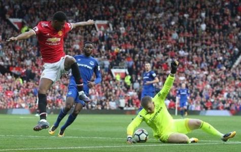 Southampton vs Manchester United: Bạn chọn kèo nào?