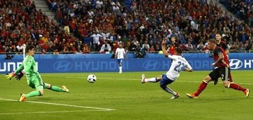 Đội bóng không ngôi sao của Italia đã thu phục được hàng triệu trái tim của NHM. Ảnh: Internet