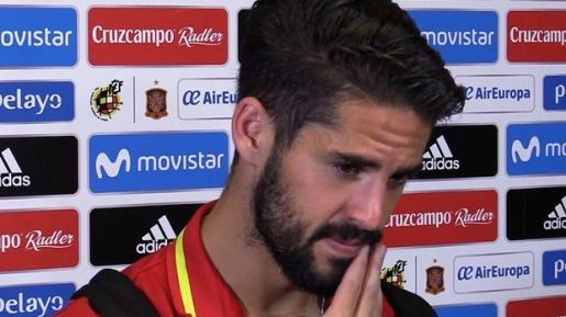 Isco: Thật đáng xấu hổ khi đưa chính trị vào bóng đá - Bóng Đá