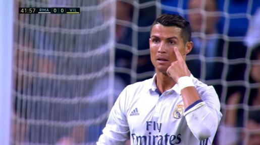 Ronaldo: Tôi chỉ mới 23 và sẽ chơi bóng đến năm 41 tuổi. - Bóng Đá
