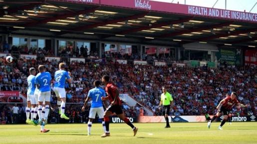 Ghi tuyệt phẩm, Torres đệ nhị lại khiến CĐV Liverpool bấn loạn