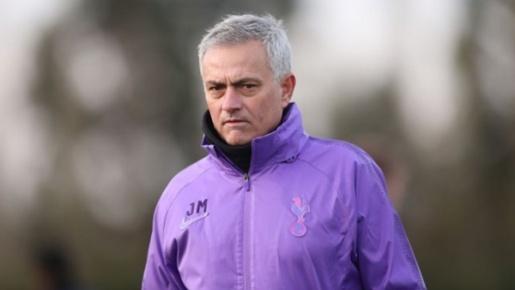 Vừa nhậm chức, Mourinho ủ mưu nẫng tay trên mục tiêu 80 triệu bảng của M.U