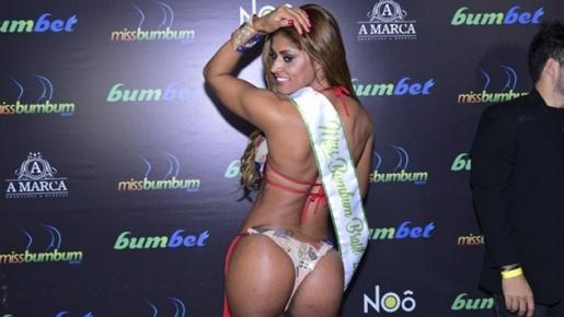 Trốn chồng khoe thân, người đẹp Brazil khiến giới cầu thủ thèm khát