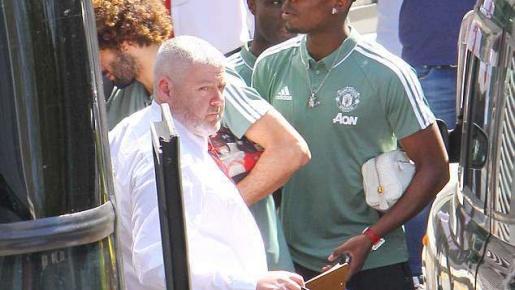 Dàn sao Man Utd đến khách sạn siêu sang, sẵn sàng chiến Tottenham