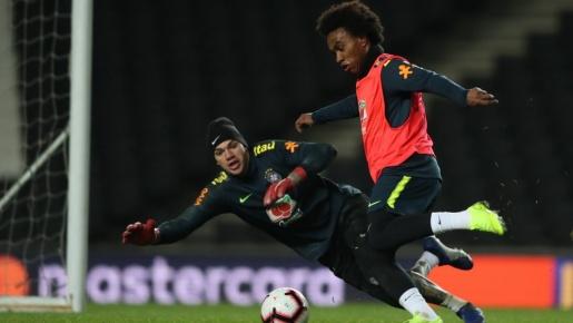 Sao Chelsea và Man City so kè trên tuyển Brazil