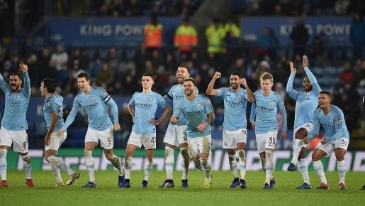 Giây phút vỡ òa của các cầu thủ Man City khi đánh bại Leicester trên chấm 11m