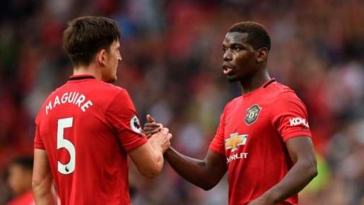 Pogba bị 'ném đá' khủng khiếp, Maguire & Rashford phản ứng cựt gắt