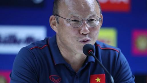 HLV Park Hang-seo khiến bóng đá Trung Quốc vỡ mộng
