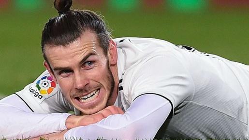 Lánh virus Corona, Bale tận hưởng thú vui 'chọc ngoáy' Real