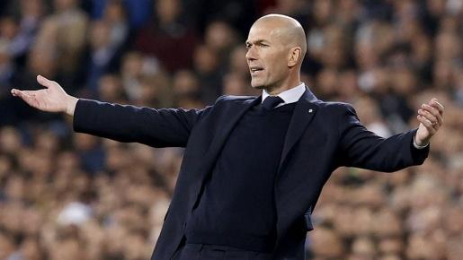 Kẻ khiến Ronaldo 'ôm hận' định đoạt tương lai với Real Madrid