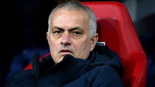 Hỏi mua 'siêu máy quét' La Liga, Mourinho nhận ngay 'cú hét 61 triệu'