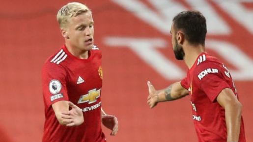 CĐV M.U: 'Anh ấy là người duy nhất có thể chơi trong đội hình của Sir Alex'