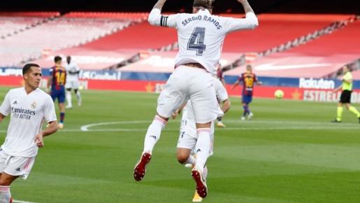 Ajax 'thảm sát'; Ramos nhấn chìm Barca: 10 sự kiện đặc biệt nhất ở châu Âu tuần qua