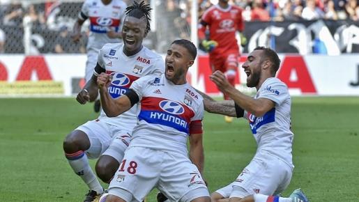 Lyon 3-3 Bordeaux: 'Trái đắng' phút 90+1