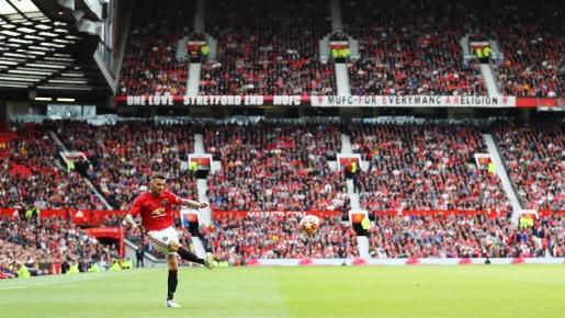 Fan Quỷ đỏ: 'David Beckham có thể đá chính ở đội hình Man Utd hiện tại'
