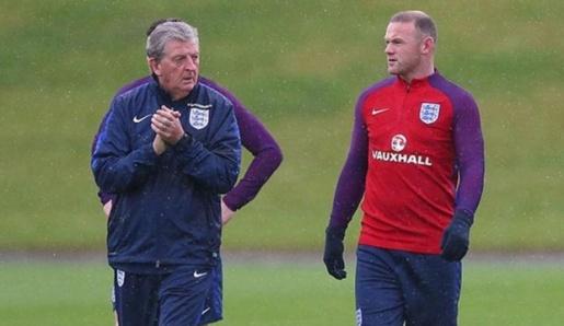 Rooney ung ho Hodgson yeu cau BLD suy nghi