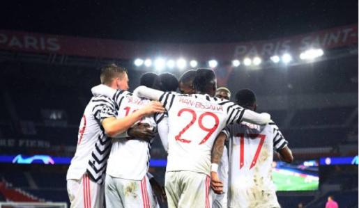 Thắng PSG, Man Utd lập nên kỷ lục