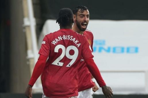 Bruno Fernandes names Manchester United unsung hero vs Newcastle - Bóng Đá