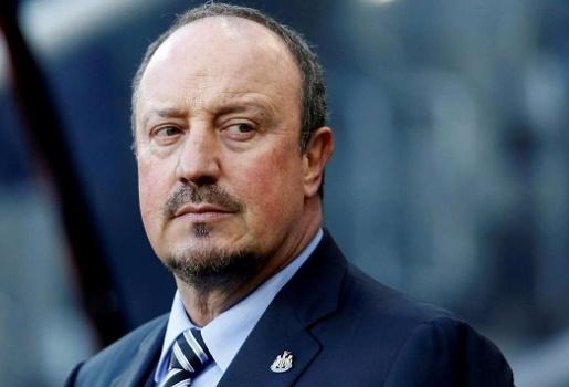 Cựu sao Liverpool bật cười khi Benitez tuyên bố đến Trung Quốc không phải vì tiền