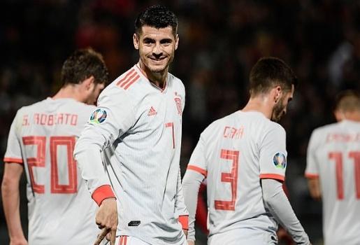 Siêu chân gỗ lập cú đúp, Tây Ban Nha nhọc nhằn đánh bại Malta