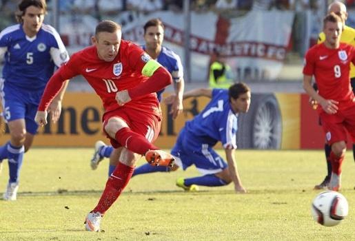 Wayne Rooney chính thức đi vào lịch sử