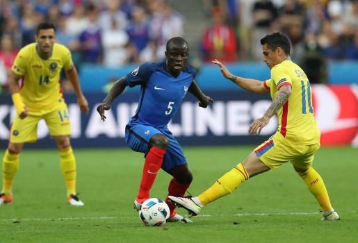 Bình luận: Payet tỏa sáng, nhưng nước Pháp còn có một người hùng khác