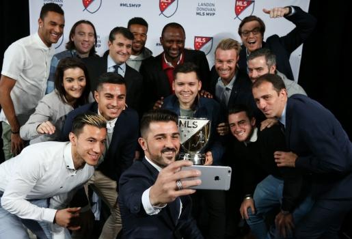 David Villa cực bảnh bao trong ngày nhận danh hiệu xuất sắc nhất MLS 2016