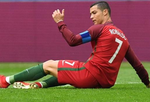 Ronaldo đang bị tổn thương bởi cáo buộc trốn thuế
